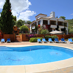 Sleeps: 12/14 + 4; Bedrooms: 7; Location: Casares, Western Costa Del Sol;  Pool: Private (8.5 M X 5 M); Price: From 2,595u20ac To 5,495u20ac