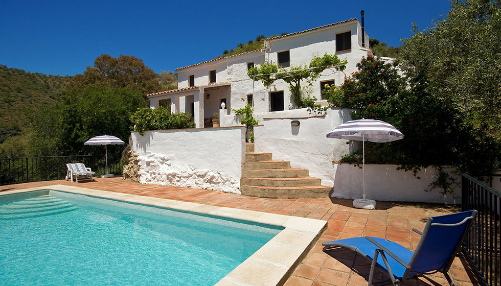 Holiday Appartments In Spain Holiday Rental Villas In La Axarquia Andalucia Spain
